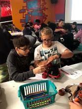 students assembling roller skates
