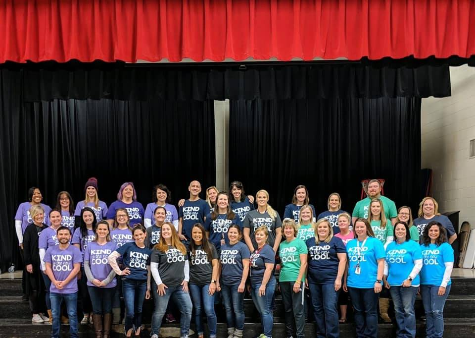 Teachers in kind is the new cool shirts